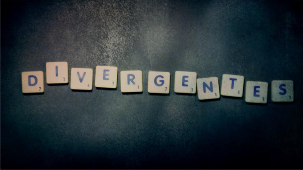 DIVERGENTES - VERSILIA
